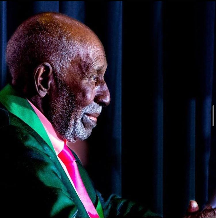 Aos 96 anos, Nelson Sargento morre vítima da Covid-19 · Famosos e  Celebridades
